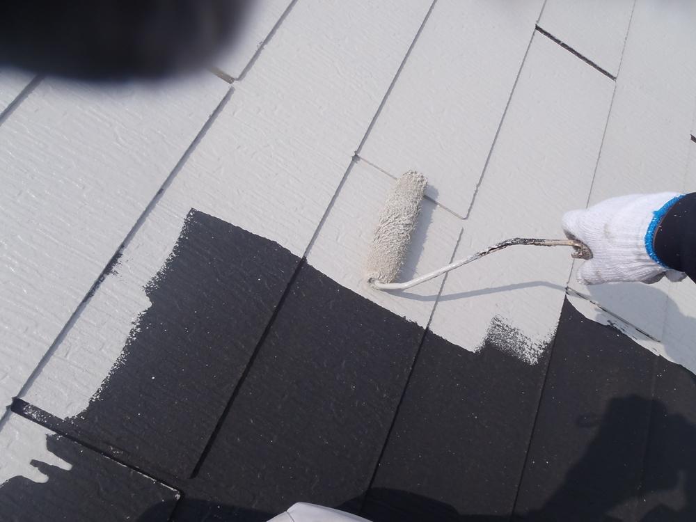 アステック「HBプライマーJY-IR」でスレート屋根の下塗り