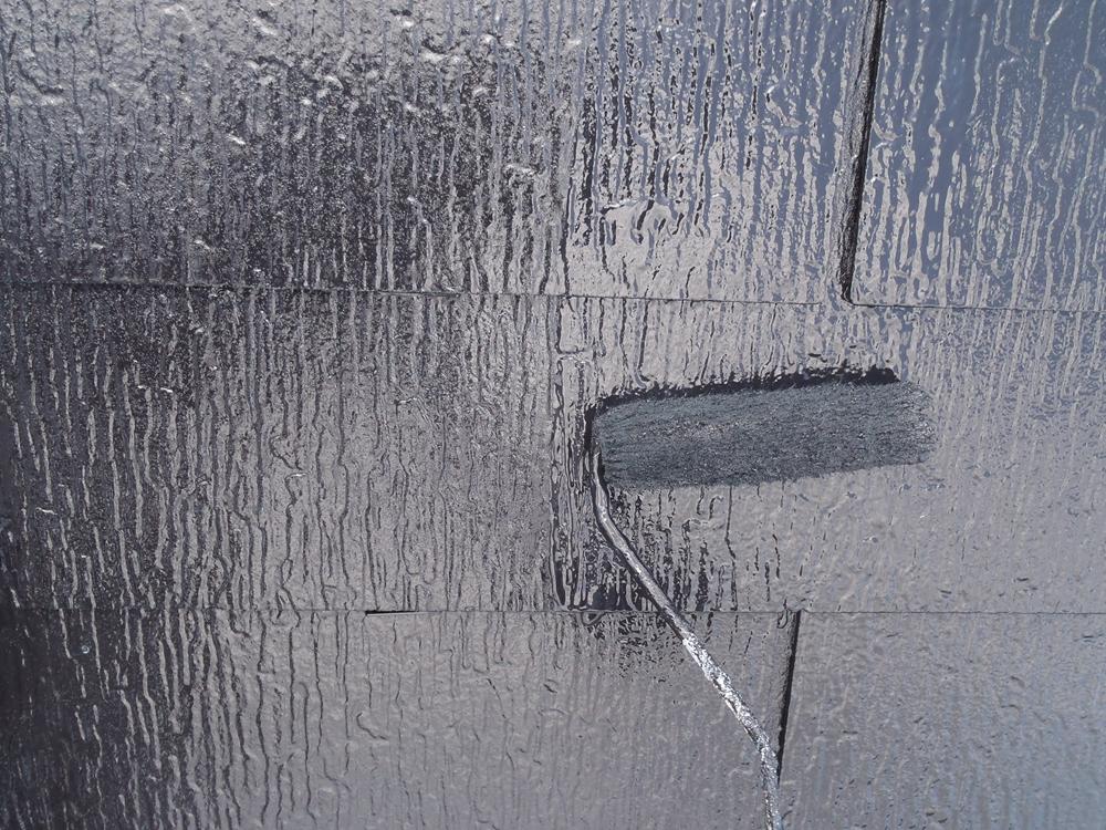 アステック「無機ハイブリッドコート」で屋根上塗り