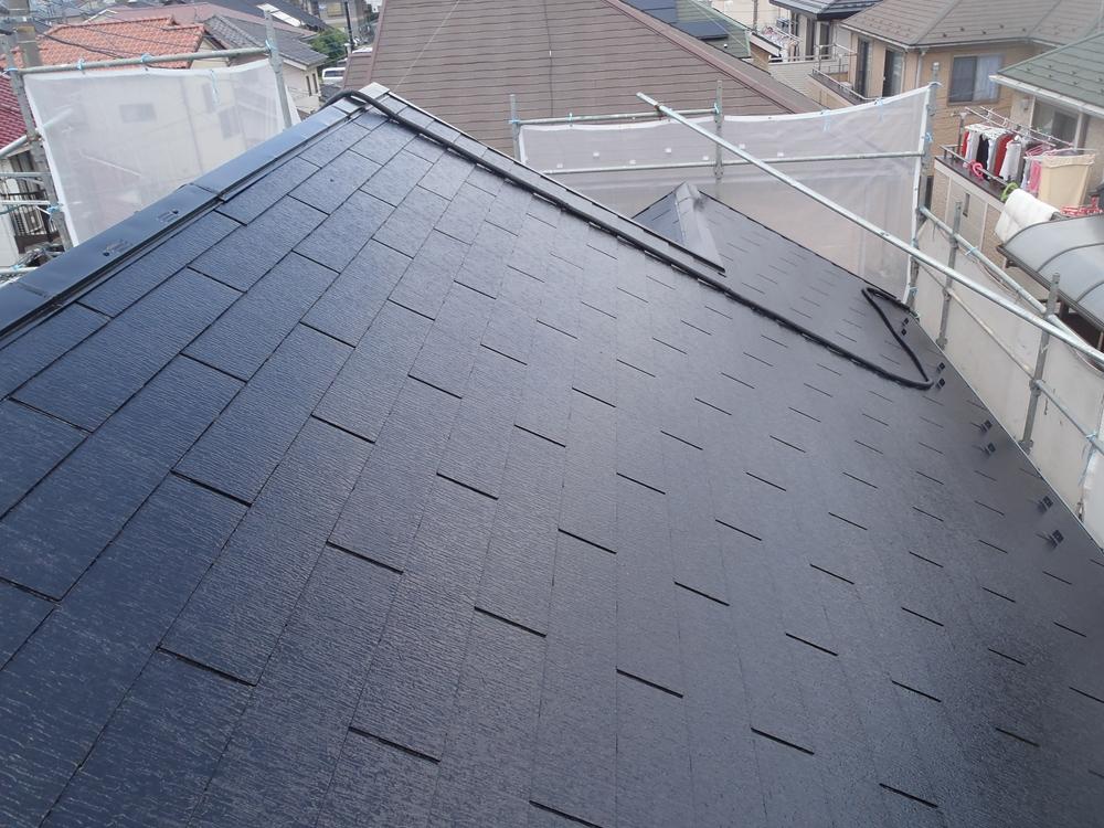 アステック「無機ハイブリッドコート」で屋根上塗り完了