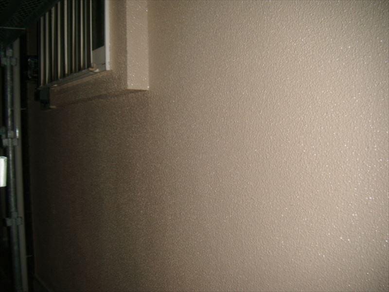 モリタル外壁の上塗り完了