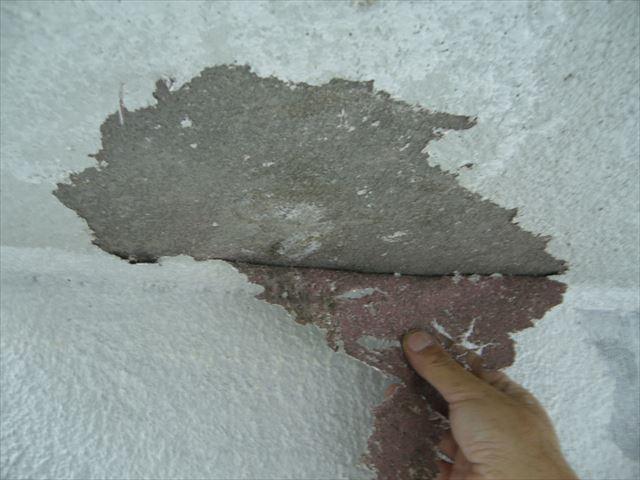 モルタル部分塗膜の剥がれ