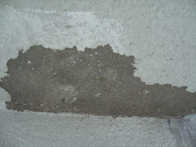 さいたま市モルタル部分不良塗膜撤去