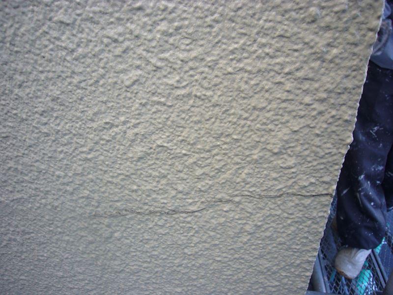 蓮田市の無料点検モルタル外壁にヒビ