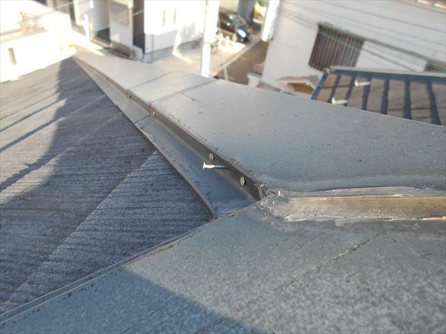 屋根棟包み補修前