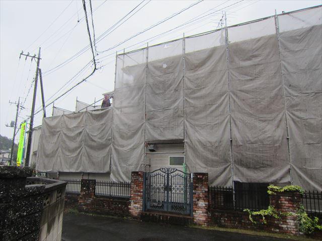 台風来週の前足場設置