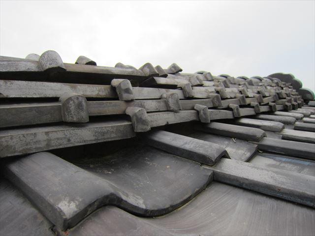 大屋根棟瓦補修前