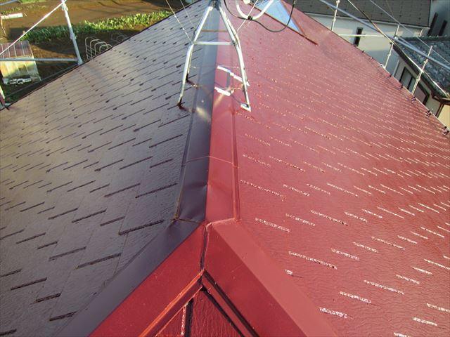 屋根中塗り作業2ニッペサーモアイSi