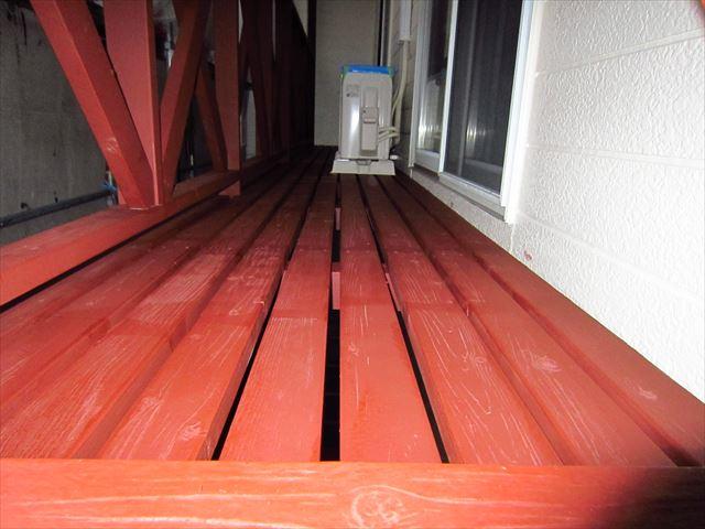 木製ベランダ下塗り2