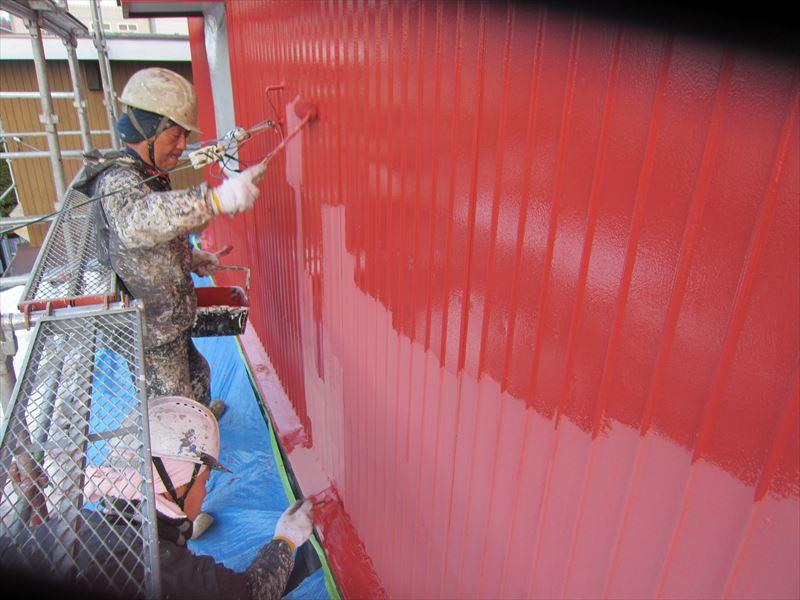トタン外壁下塗り2度め