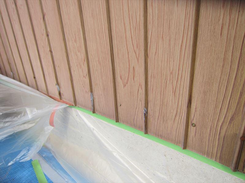 トタン外壁塗装の養生2