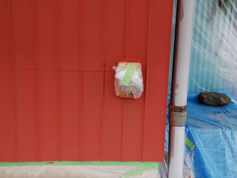 トタン外壁塗装の養生4
