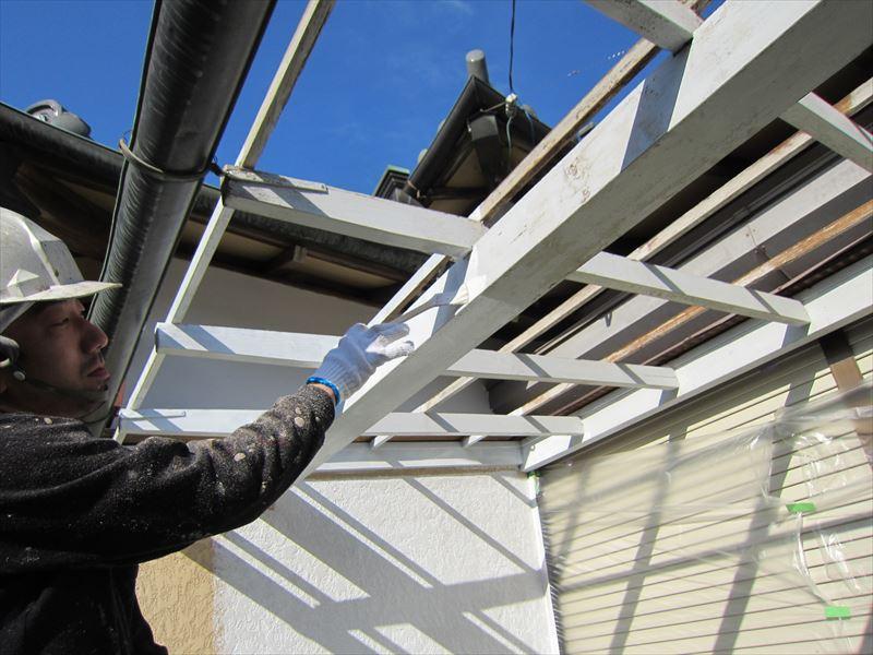 縁側屋根枠塗り