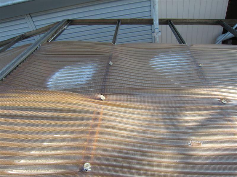 カーポート屋根変形箇所
