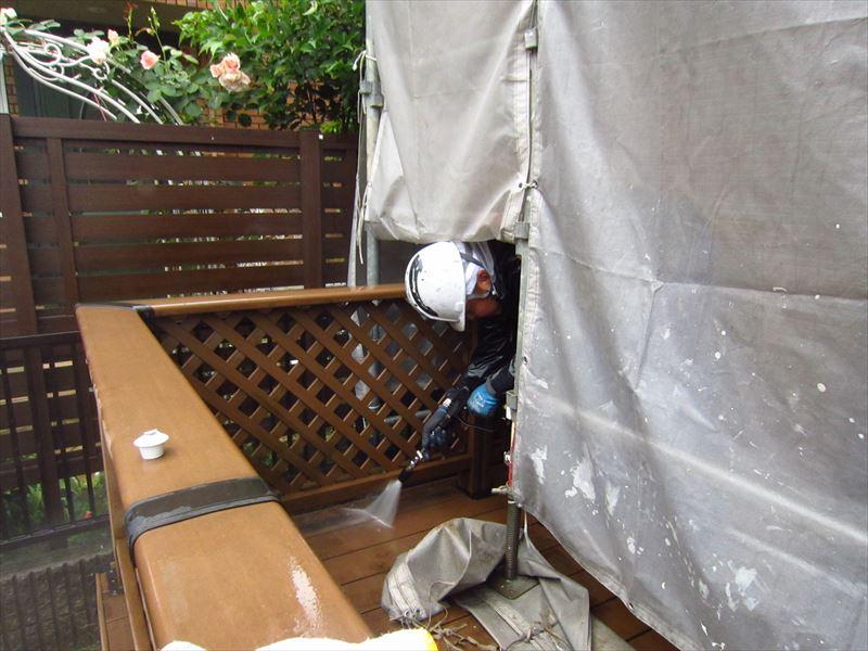 テラスの高圧洗浄作業