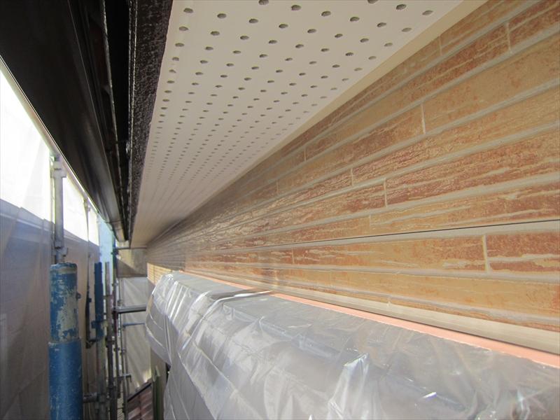 2階西側外壁上塗り