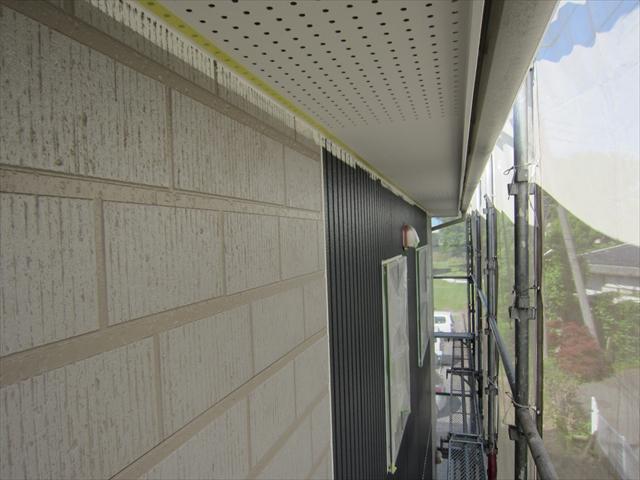 外壁下塗り北2階