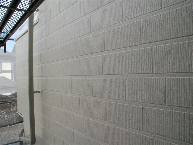 外壁中塗り完了2