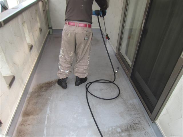 ベランダ屋根高圧洗浄3