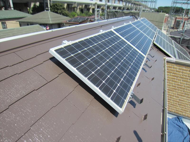 スレート屋根「スーパーシャネツサーモSi」で上塗り完了