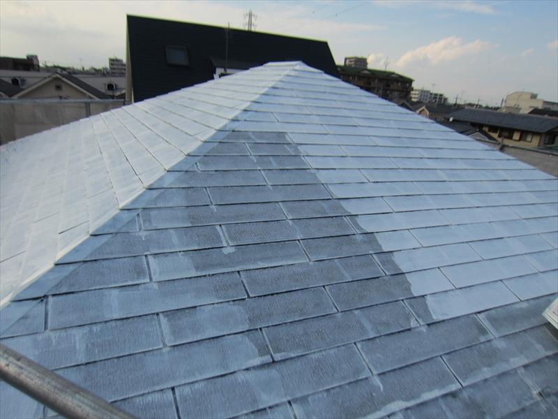 屋根下塗り「ニッペサーモアイシーラー」2度塗り