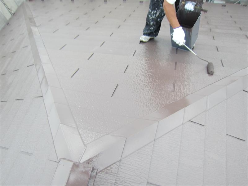 フッ素遮熱塗料「サーモアイ4F」で仕上げ塗り3