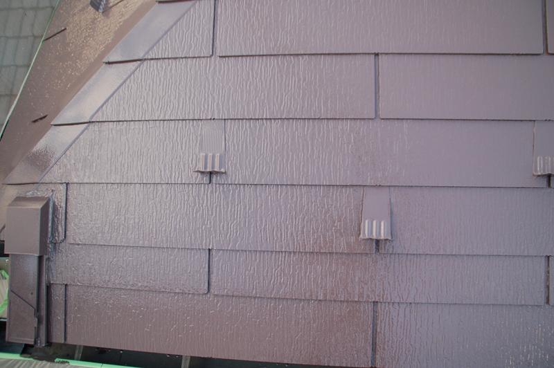 スレート屋根を「サーモアイ4F」で上塗り完了