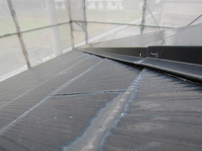 白岡スレート屋根塗装前補修3