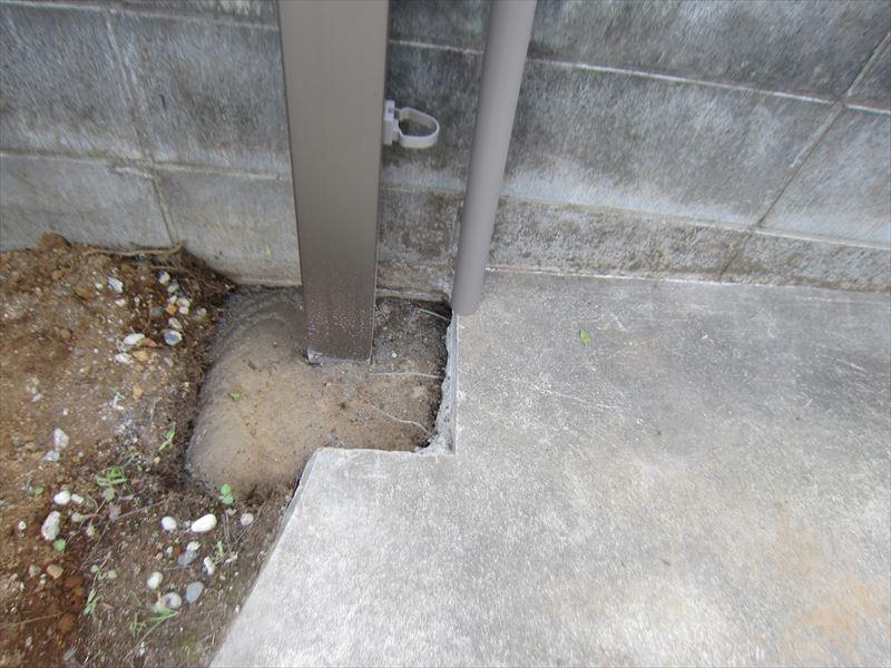 サイクルポートの柱設置