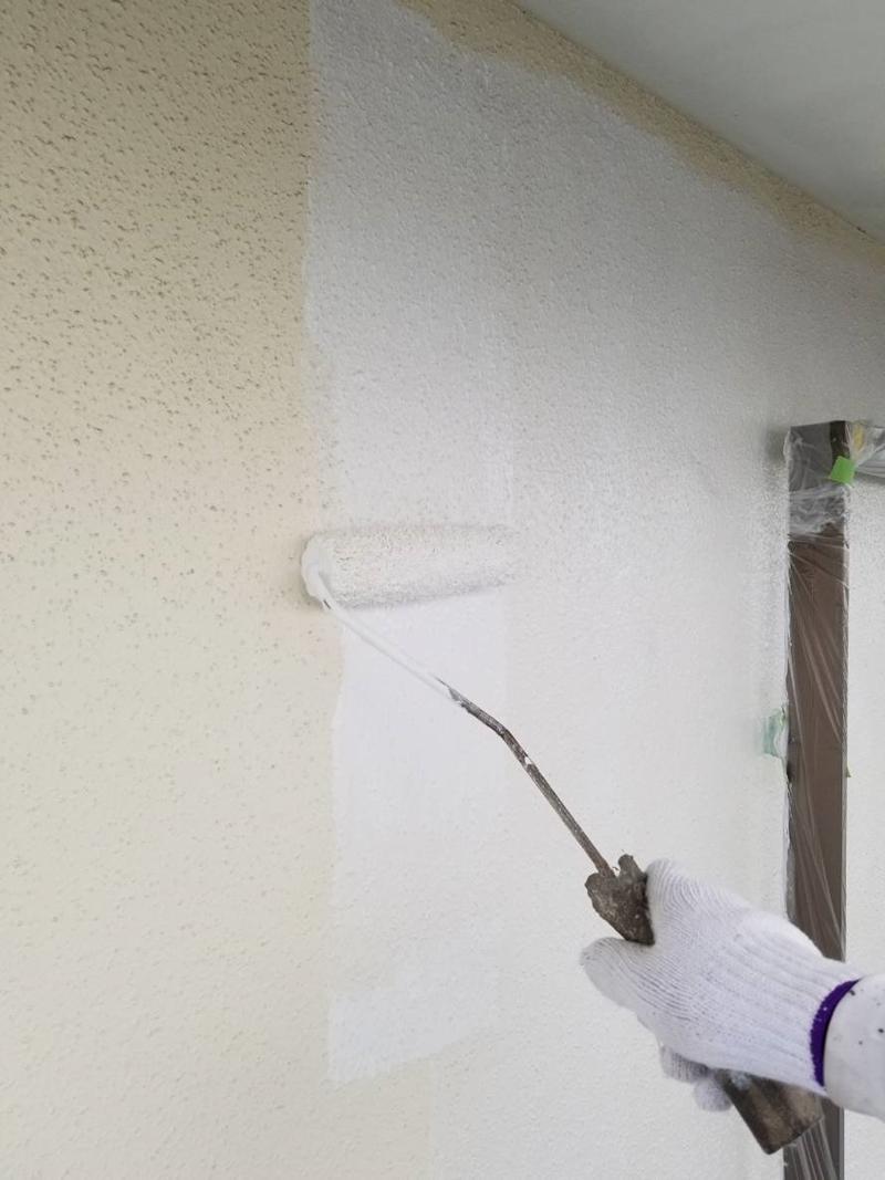 アステック「ホワイトフィラーA」でモルタル下塗り