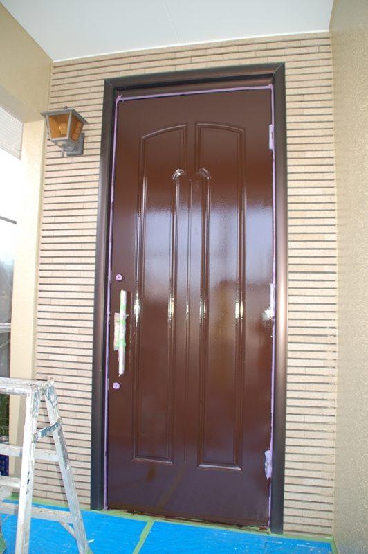 木製ドアの塗装完了後