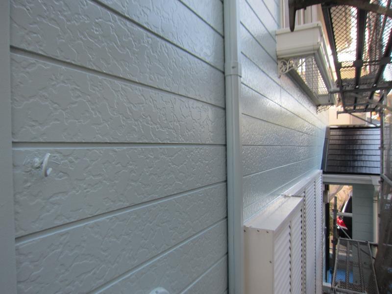 「超低汚染リファインSi-IR」パステルグリーン部分塗装完了