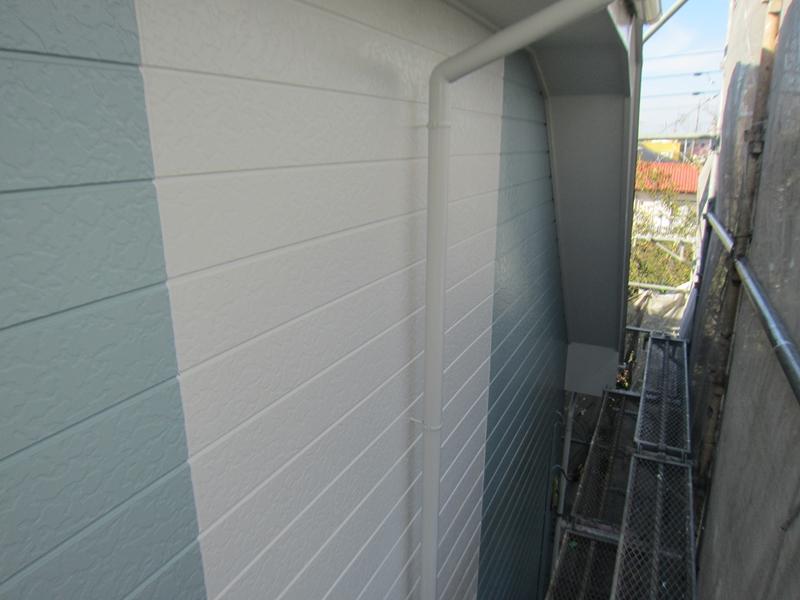 「超低汚染リファインSi-IR」クールホワイト部分塗装完了