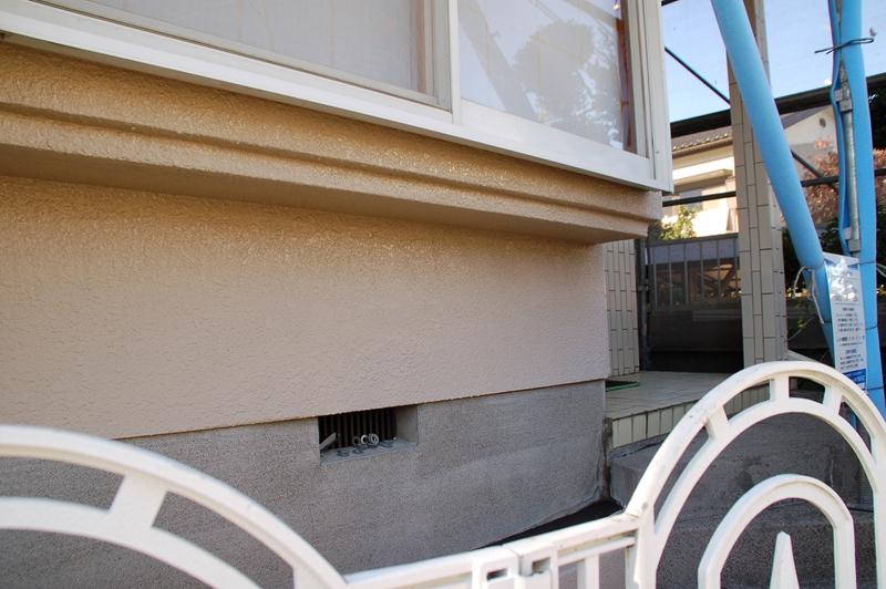 高圧洗浄後の外壁基礎付近