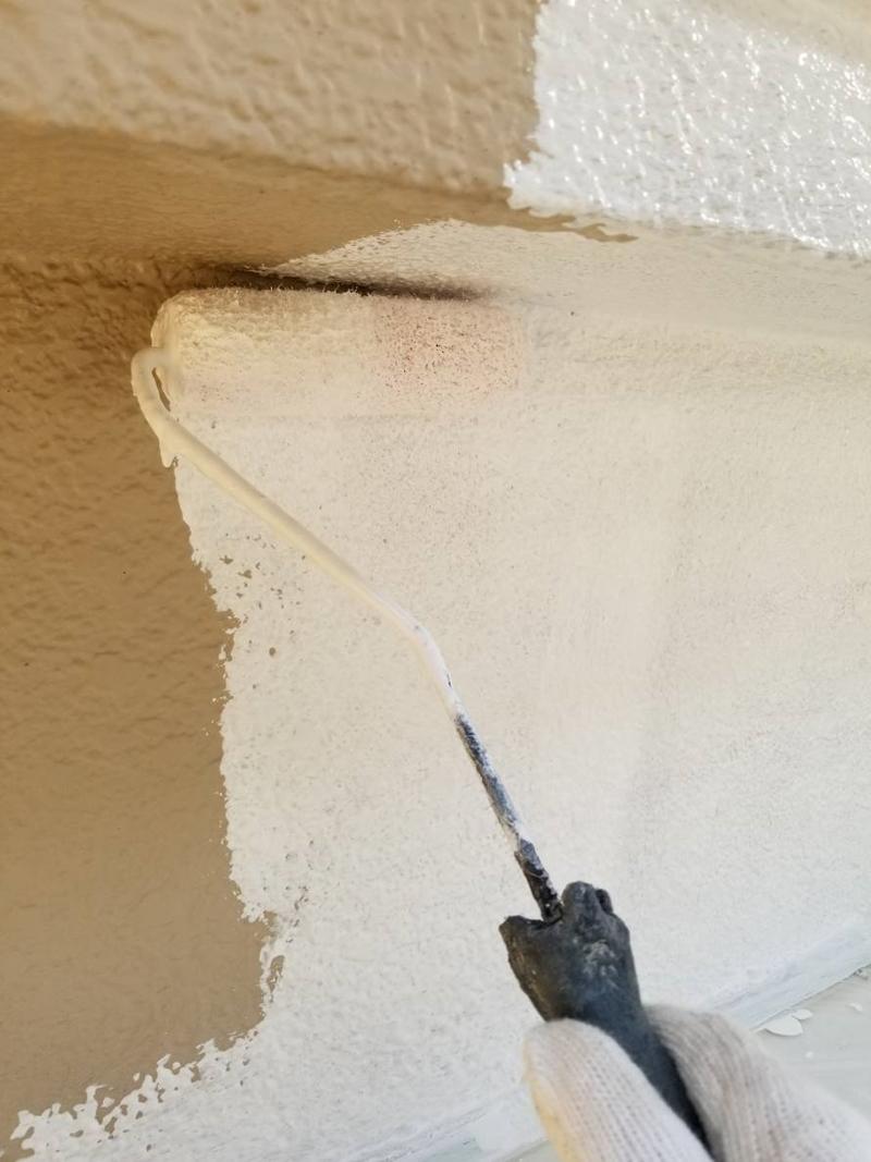 モルタル外壁の下塗り
