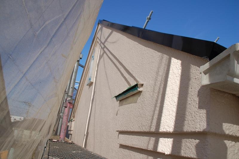 西面モルタル外壁上塗り