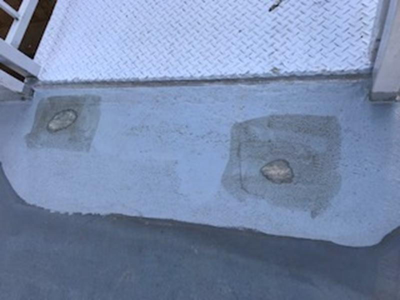 床防水補修工事下塗り