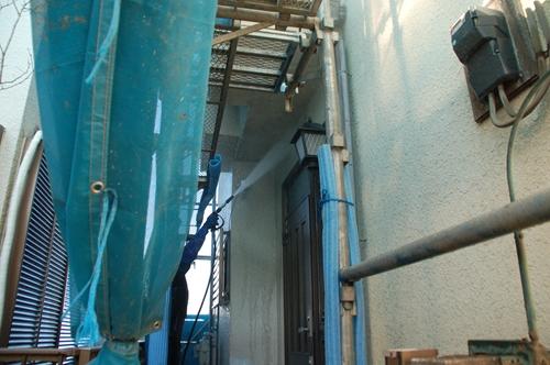 北本市モルタル外壁1階の高圧水洗浄