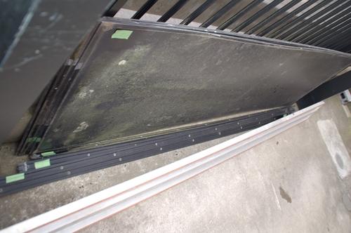 撤去したカーポート屋根板