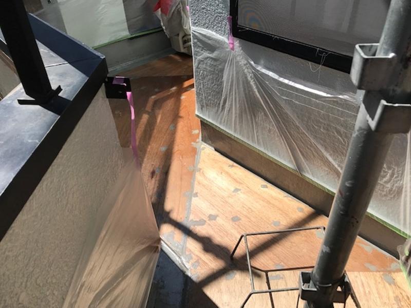 ベランダ防水用プライマー塗布完了