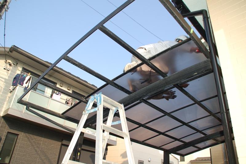 車庫の屋根取付け