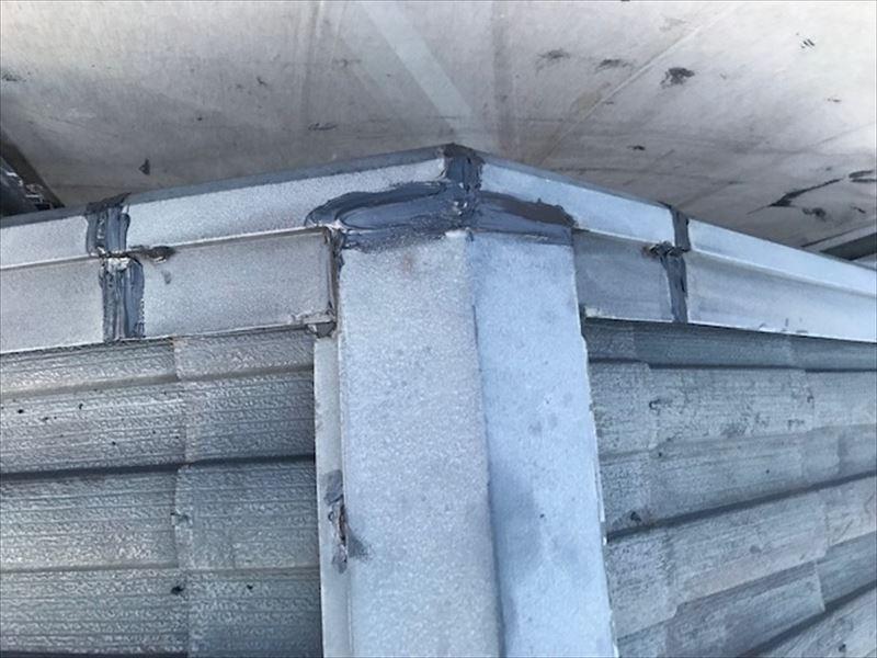 屋根棟トタン補修