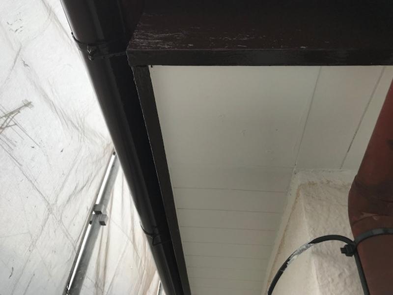 補修後軒天塗装