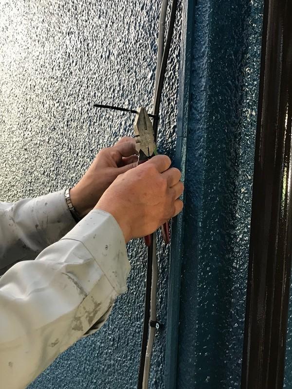 アンテナ線外壁へ再設置