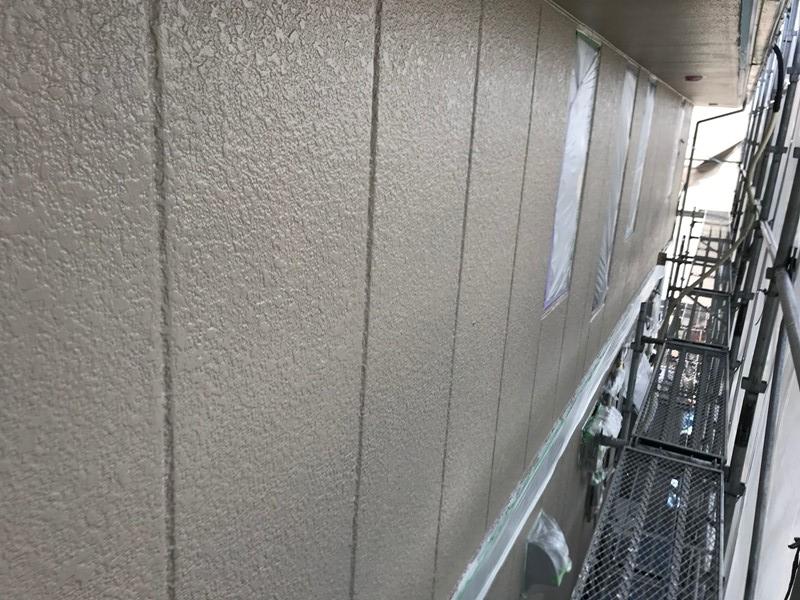 2階北側外壁中塗り完了