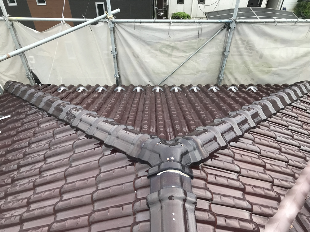 洗浄後の瓦屋根