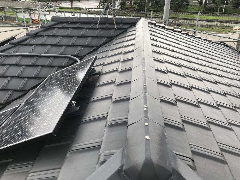 屋根棟瓦の浮き釘補修