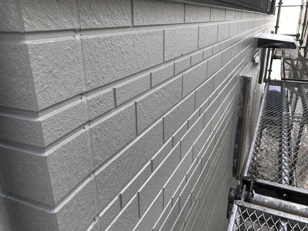 上尾市で外壁塗装北側上塗り