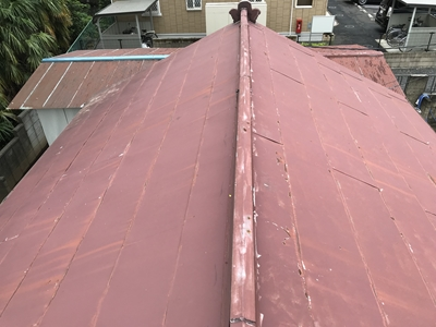 塗装前トタン屋根