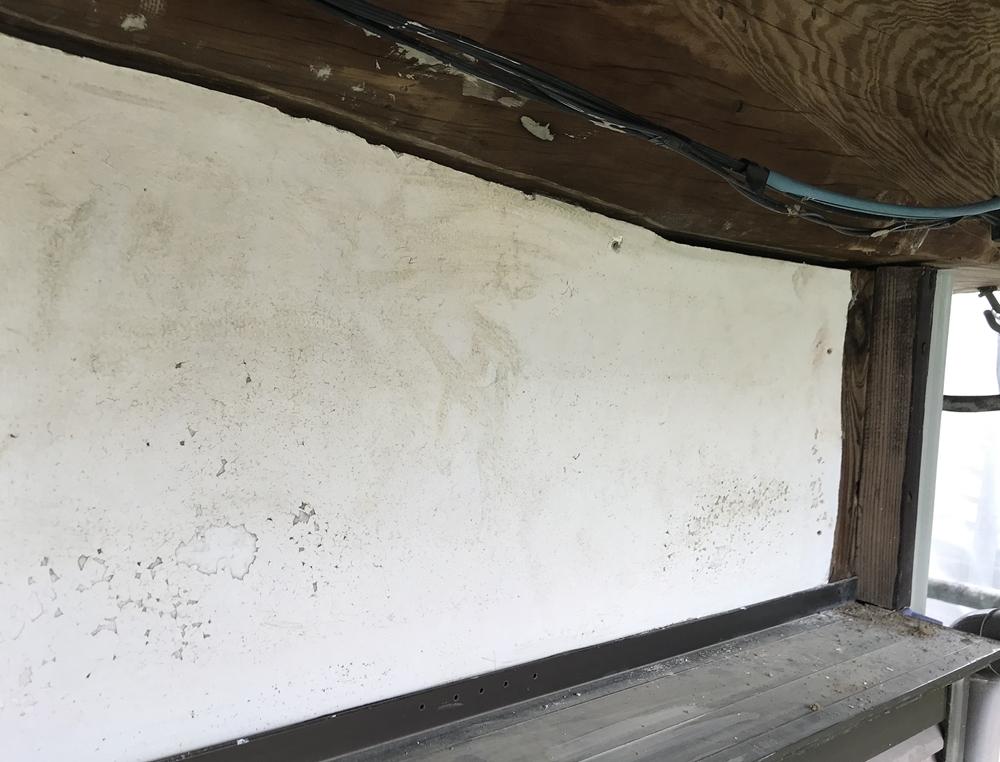 漆喰壁の劣化