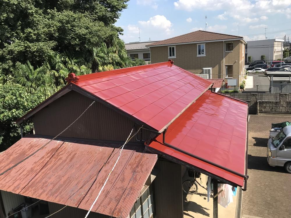 トタン屋根塗装上塗り